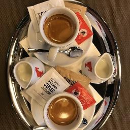 Egyet fizet , kettőt kap kávé akció