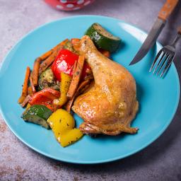 Csirkecomb grill zöldséggel + ház bora!
