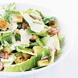 Caesar saláta roston csirkemellel